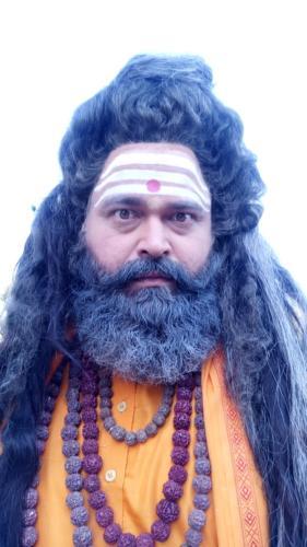 Rajesh Dubeay in vish ya amrit Sitara
